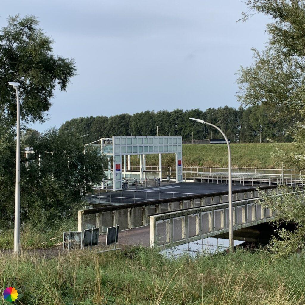 Heidenoord tunnel for cyclists