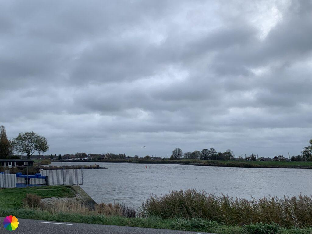 Hollandsche IJssel river at the pumping station