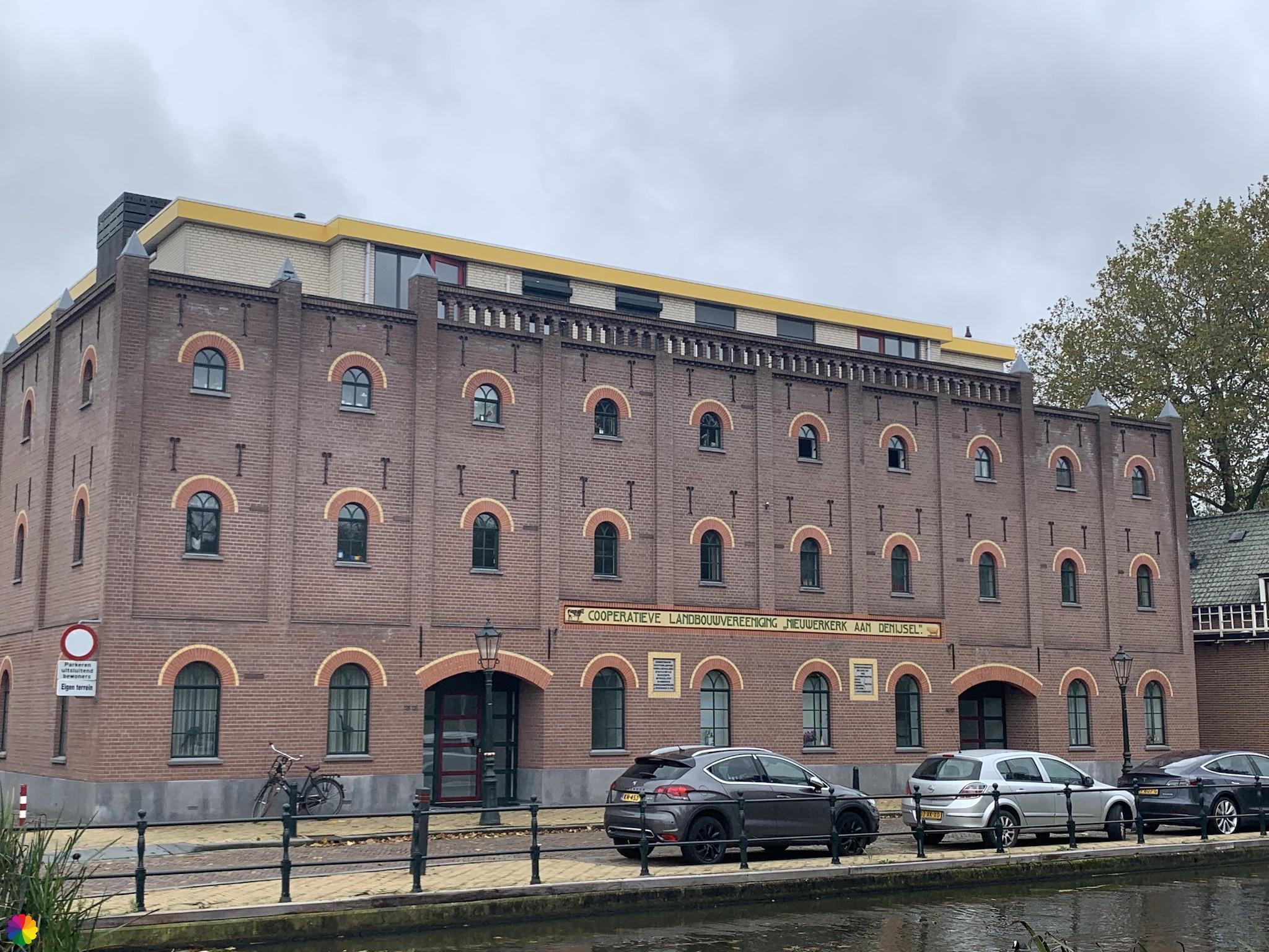 Gebouw Cooperatieve Landbouwvereniging in Nieuwerkerk aan den IJssel