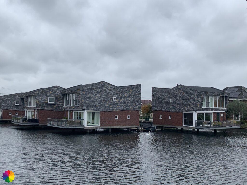 More waterfront houses at Nesselande