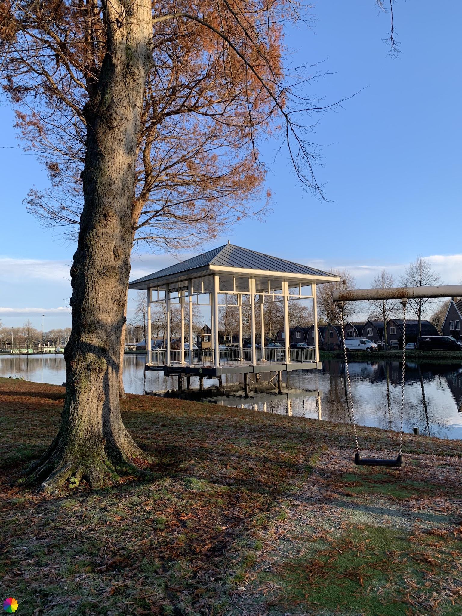 Muziektent in het Springer park in Schoonhoven